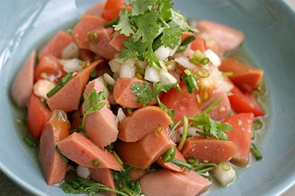 Salad xúc xích cực kỳ dễ làm